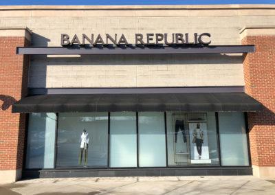 Banana- Republic-Bridgewater-before6